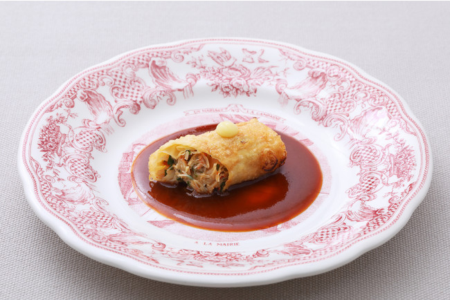 湯葉で巻いた毛蟹のフリット ワタリガニのアメリケーヌソース