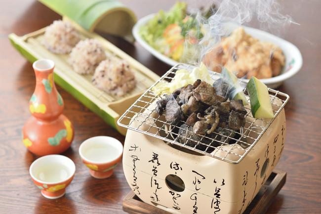 宮崎の鶏炭火焼きと地鶏しゅうまい