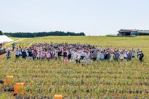 ▲お客様をお招きした「にんにく収穫祭」
