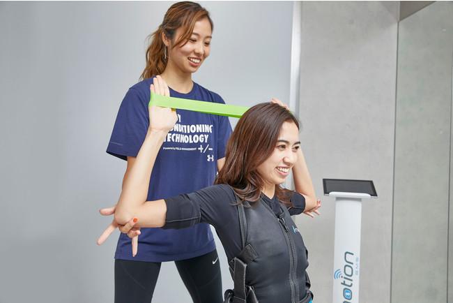 女性トレーナーが多数在籍。お客様に寄り添ったトレーニングや食事指導を行っています。