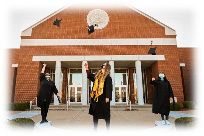 コロナ禍の卒業式風景