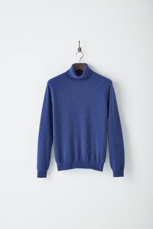 5.タートルネックセーター S・M・L 13,200円 LL 14,300円
