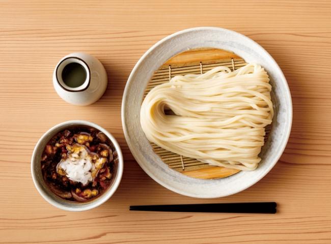 埼玉の人気店が福岡に移転。「手打ちうどん 円清」の「肉汁おろしざるうどん」(750円)