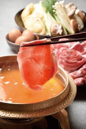 鹿児島の黒豚しゃぶしゃぶの元祖の店を紹介。最高峰の豚肉のみを使用