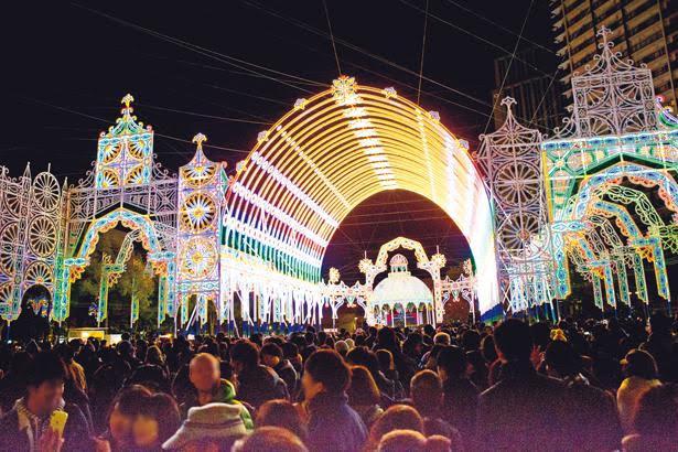 光の祭典のイベントガイド「神戸ルミナリエウォーカー」で混雑回避を!