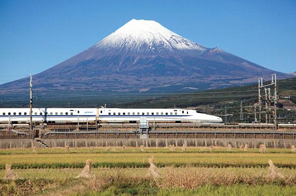 富士山(静岡県、  山梨県)