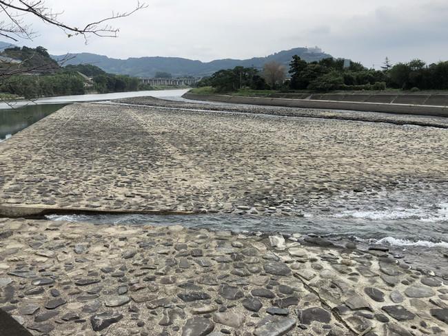 山田堰(やまだぜき)
