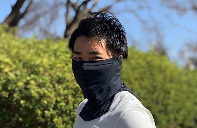 マスクにもなるネックウォーマー