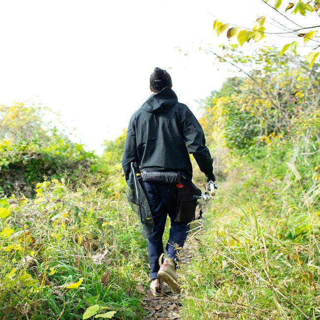 道無き道を藪漕ぎしてポイントへ移動するランガンスタイルに最適。