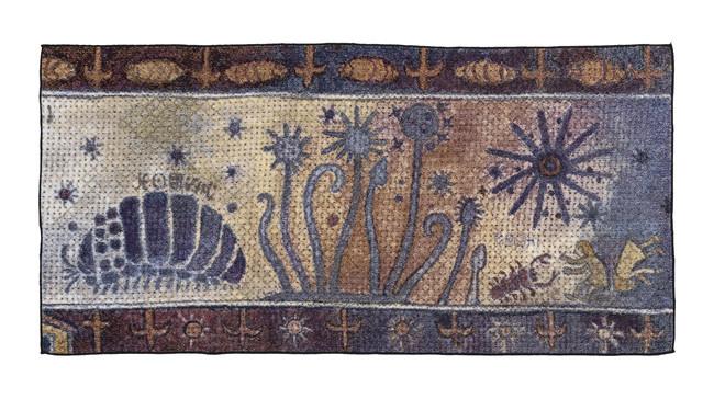 五彩織バスタオル 8,800円『風の谷のナウシカ』のオープニングに登場する壁画をデザインした五彩織バスタオル。 サイズ(約)W120cm×H60cm