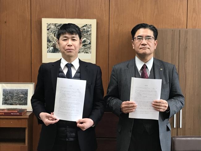 大阪府で初の企業・学校連携による産業デザイン教育を実施