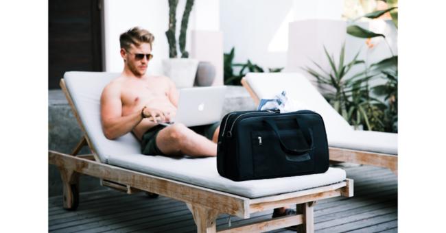 ポストコロナの海外旅行にも持っていきたいトラベルバッグです。