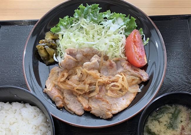 豚生姜焼き定食(税込 750円)