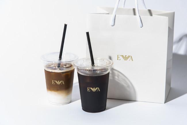 右アイスコーヒー 550円 左カフェラテ 650円