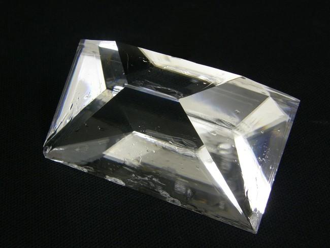 半導体ウエハの検査装置用単結晶