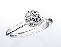 イリュミティ(婚約指輪)
