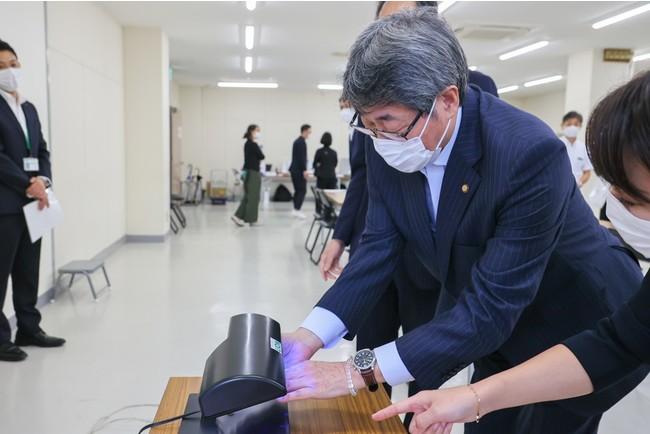 ▲仙台市中心部商店街活性化協議会への手洗いレクチャーの様子