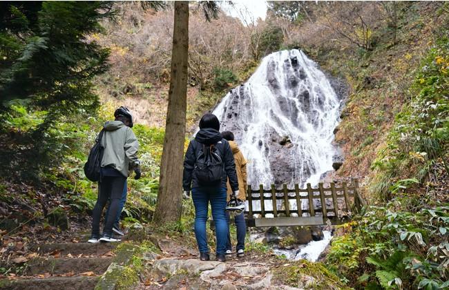 滝の数が日本一を誇る山形県で滝めぐり