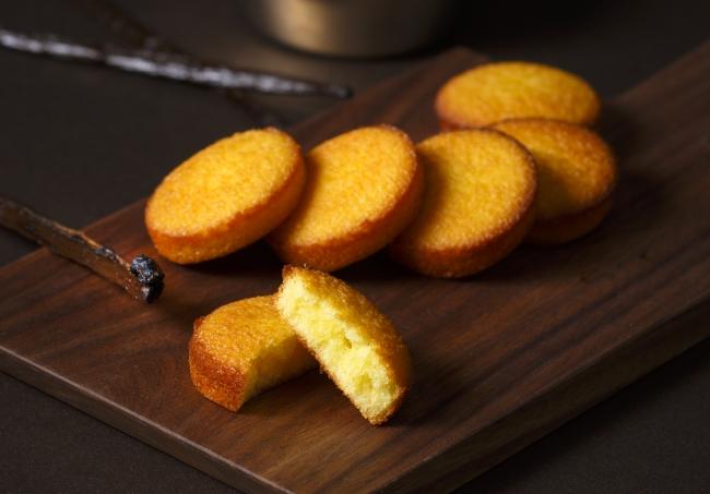 バニラ香る、カスタードの焼き菓子