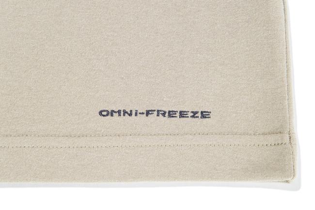 OMNI - FREEZE ZEROは汗を利用したコロンビア独自の冷却テクノロジー。