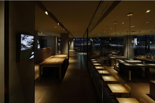 レストラン Photo:Yuna Yagi