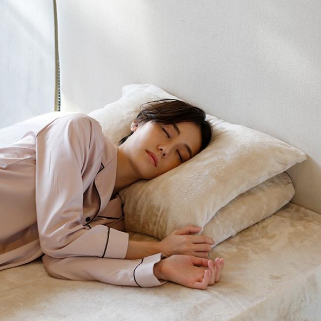 2つの枕をぴったり重ねて 適度の高さに。