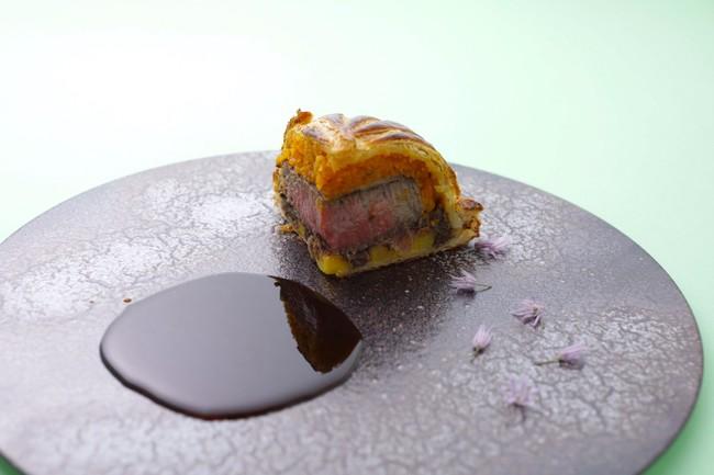 黒毛和牛フィレ肉のアンクルート マルサラソース