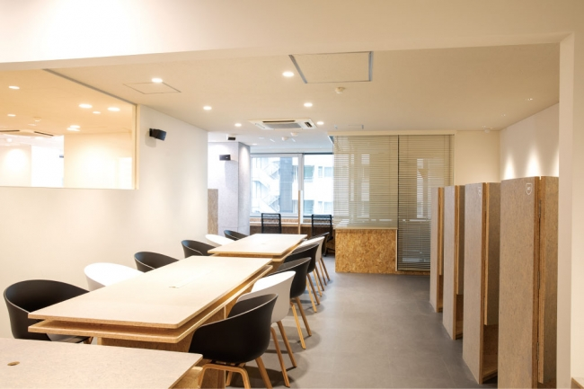 room EXPLACE 東陽町内観