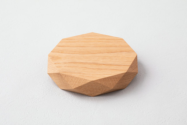 多面体の木の鍋敷き (中嶋工芸社)