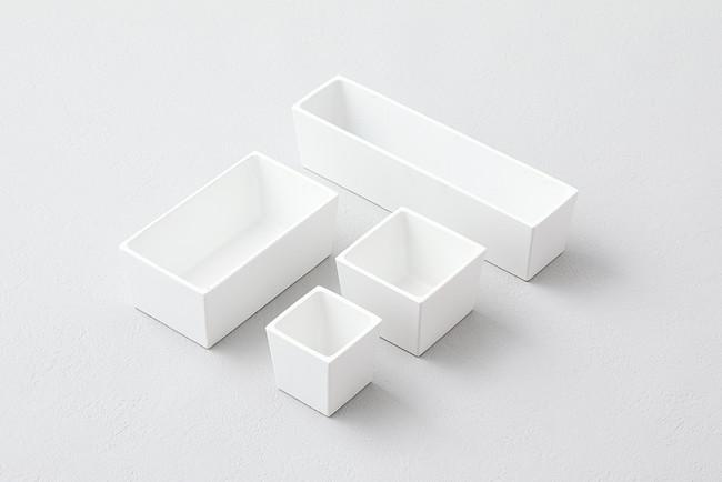 白い四角いアルミ鋳物の器(砺波商店)