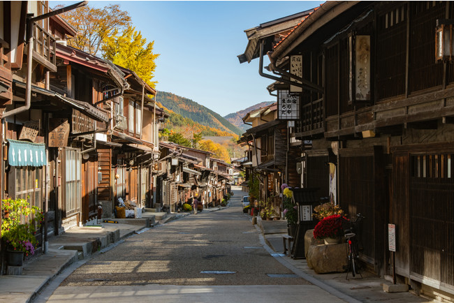 写真2)奈良井宿 街並み