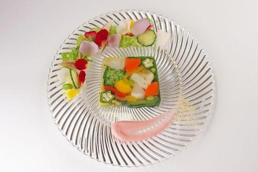 新鮮な野菜を使った10種のテリーヌ
