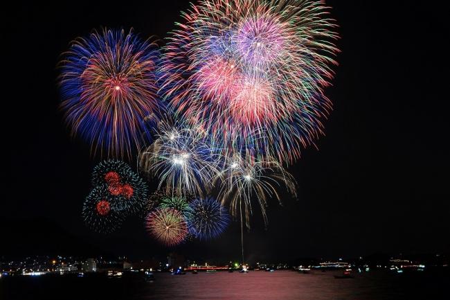 西日本最大級の「関門海峡花火大会」を8月13日(月)に「J:COM ...