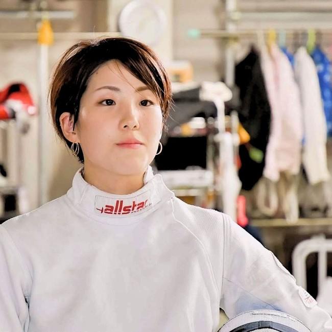 鈴木 穂波選手 (フェンシング エペ)