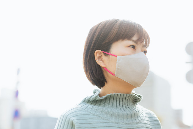 """Face Mask with""""AIR BATH"""" 着用例"""