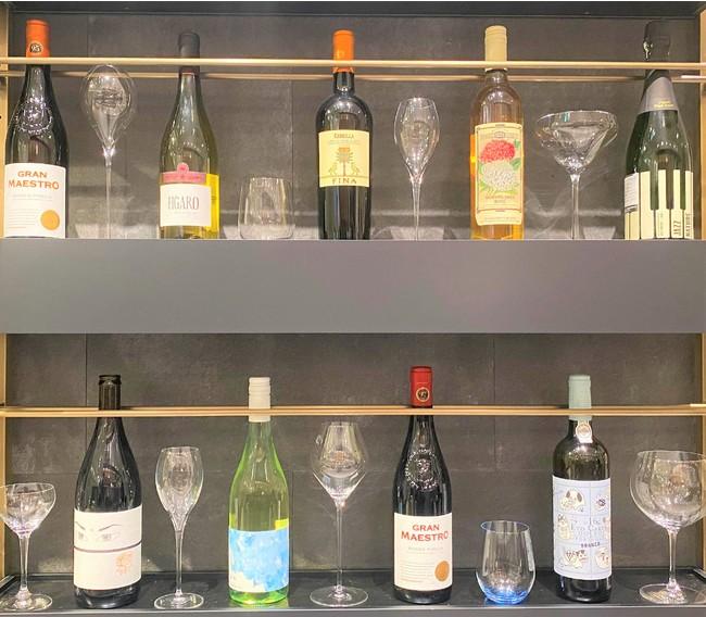 グラスは女性店長の「一目惚れグラス」の中からお好きなものをセレクト