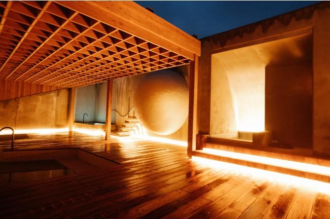 10月にオープンする天然温泉露天風呂とサウナ