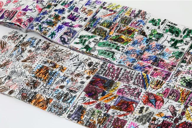 黒田 勝利 《人類崩壊》 2011-2015年 ルーズリーフ、黒ペン、カラーペン 29.7×21cm photo:MIYAJIMA Kei