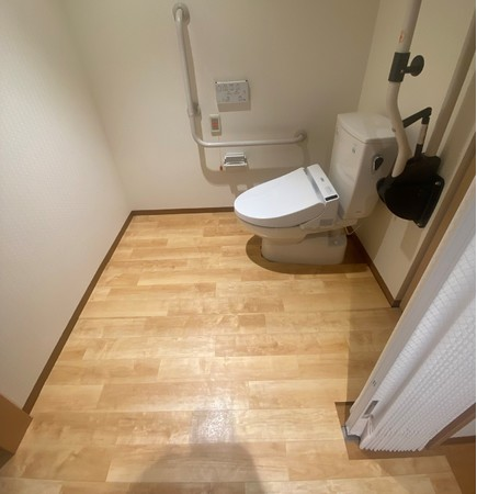ホーム居室内トイレへの「ころやわ」設置も可能