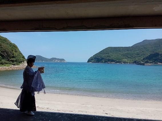 各海水浴場での安全祈願祭(写真は船崎海水浴場)