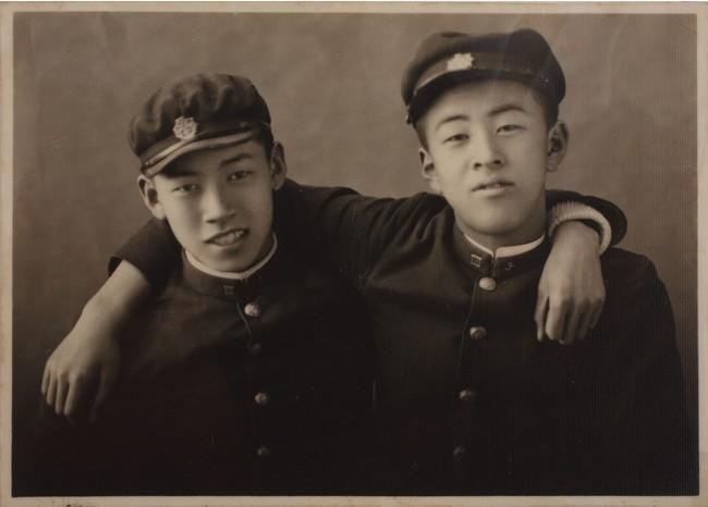 宇治山田中学の友人と竹内浩三(右)