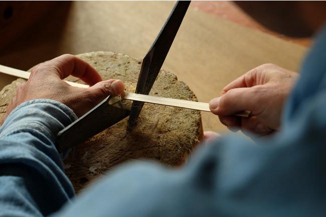 工務店設計士×竹細工職人×鉄家具職人でつくる屋外用スツール。2020年イギリスのデザイン品評会に出品 高評価を獲得。「竹籠スツール」7/24(土)発売開始