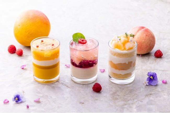 (左)パイナップルマンゴー(中央)ピーチメルバ(右)桃のショートケーキ
