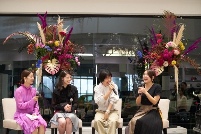左から石井リナさん、浅野菜緒子さん、haru.さん、 シオリーヌさん