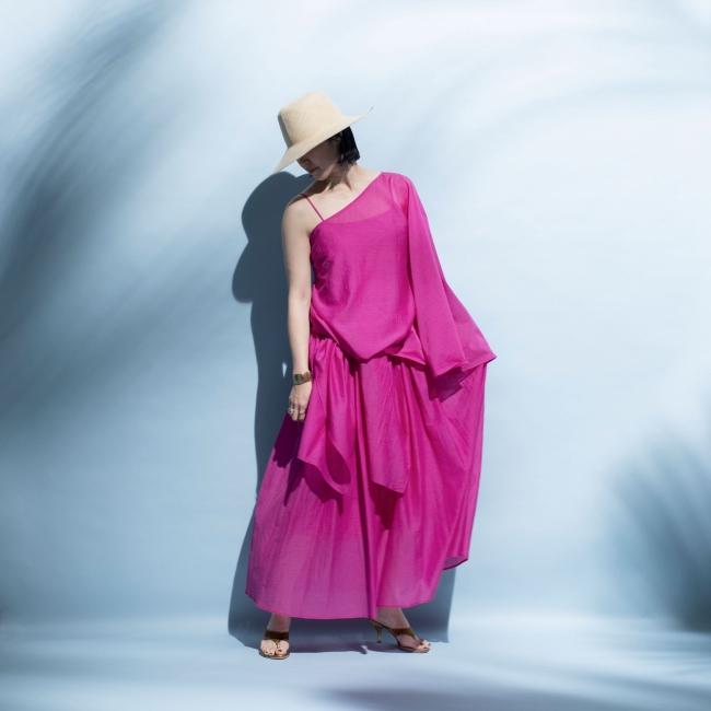 <ハウス オブ ロータス>ワンショルダージレ付きロングキャミドレス 税込69,300円
