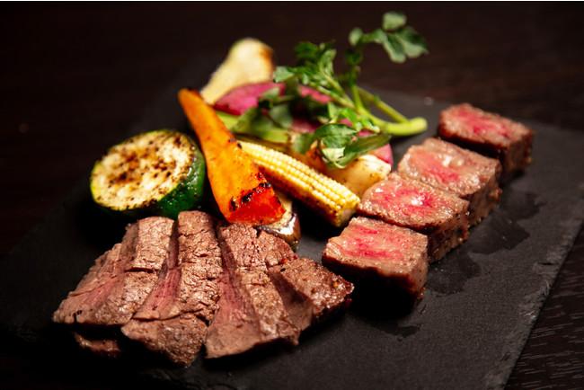 A4和牛サーロインと牛ヒレ肉のグリル ¥2850