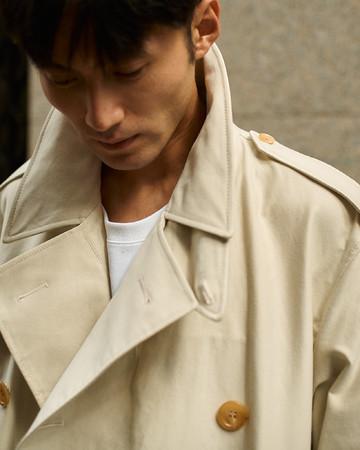 【OFFICERS OVER COAT】「オフィサーズオーバーコート」コットン100%:M01-101-40:Size L(Model 178cm)¥137,500(税込)着丈袖丈調整含みます。