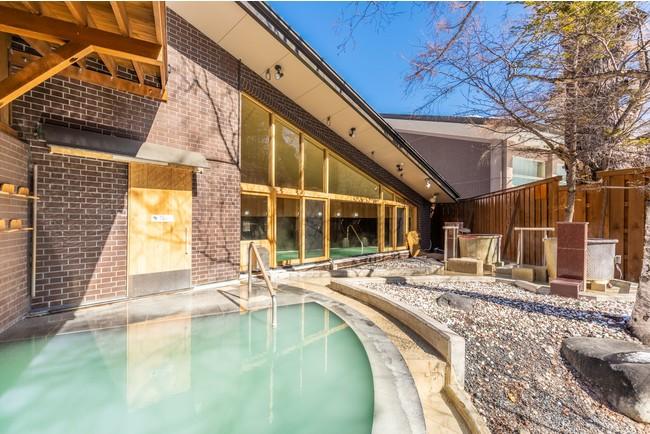 奈良時代に開湯したかけ流し温泉でお肌に優しい泉質が好評です