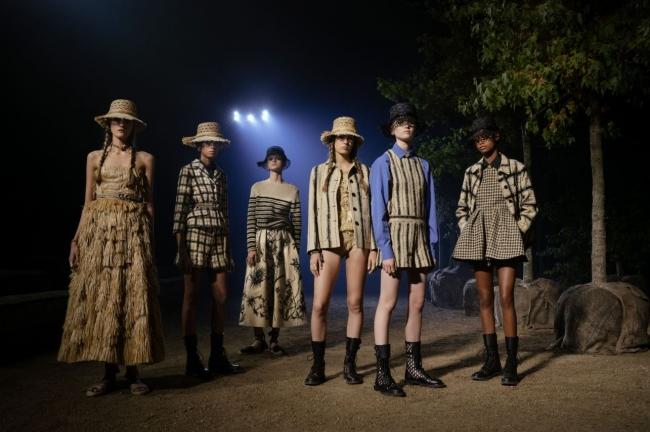 (C) Hannah Reyes Morales for Dior