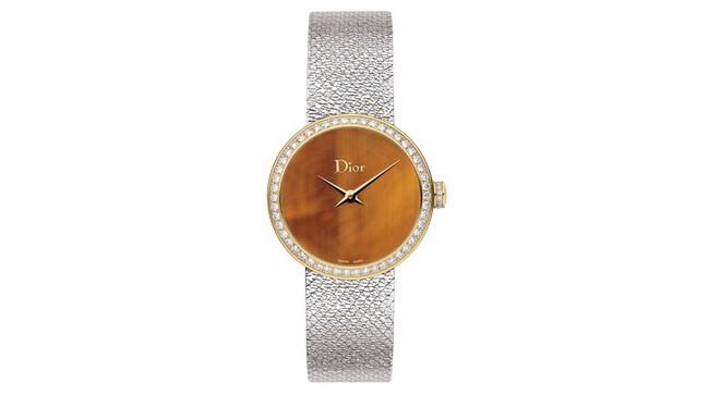 La D de Dior Satine(ラ デ デゥ ディオール サティーヌ) ¥1,104,000 <ケース径:25mm>